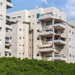 קנה דירה בתל אביב וגילה שהיא נבנתה ללא היתר